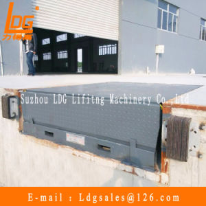 Stationary Hydraulic Container Dock Ramp (DCQ28-0.66) pictures & photos