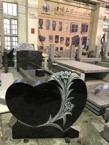 Antique Finish Flower Carving Black Granite Memorials Headstone pictures & photos