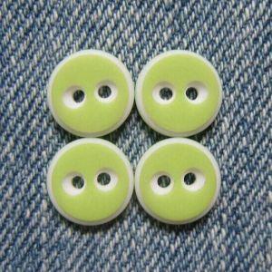 High-Grade Free Sample Resin Shirt Button pictures & photos