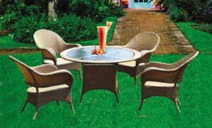 Rattan Table And Chair (N53201)