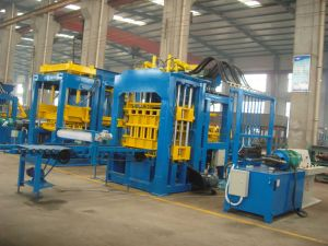 Fully Automatic Hollow Concrete Block Making Machinery (QT8-15)