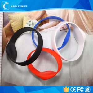 Custom NFC Waterproof Electronic Bracelets RFID Wristband pictures & photos