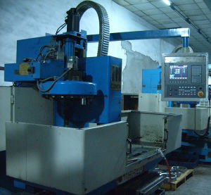 Second Hand CNC Machines Or Vertical Machining Centre (TH5640)