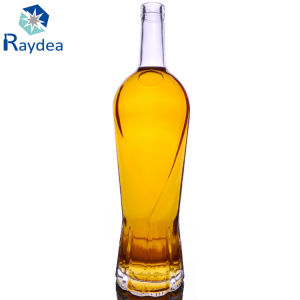 Slim High-End Glass Bottle in Flint pictures & photos