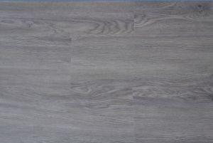 PVC Vinyl Flooring 017 pictures & photos