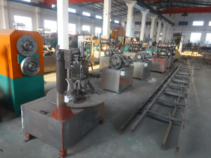 Semi-Automatic Waste Tire Recycling Into Rubber Powder Machine Line pictures & photos