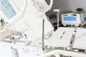 Multifunction Intelligent Electric Hospital Bed Ce Approved for ICU Room pictures & photos