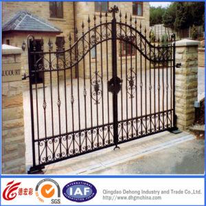 Black Powder Coated Ornamental Superior Entrance Gates pictures & photos