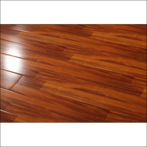 Painting HDF Good Price Laminate Flooring with V-Groove pictures & photos