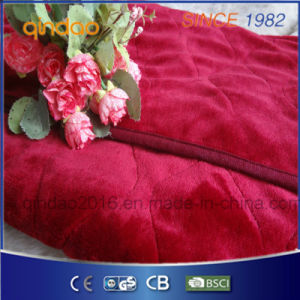 Qindao Luxury Flannel Electric Heated Throw Blanket with ETL Approval pictures & photos