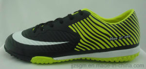 2016 Fashion Football/Soccer Shoes for Men pictures & photos
