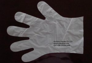 Disposable Plastic PE or HDPE Glove for Food pictures & photos