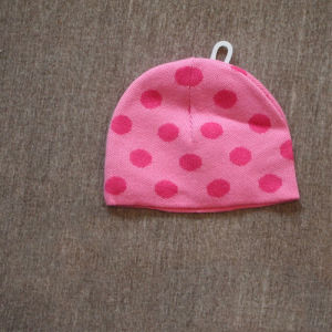 2014 New Arrival Pink DOT Infant/Baby Hat pictures & photos