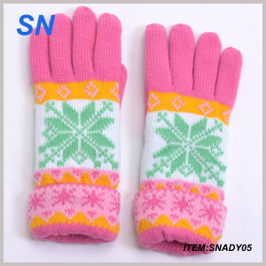 New Style Fashion Knitted Lady Winter Glove Wholesale pictures & photos