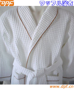 100%Cotton Bathrobe for Home and Hotel (DPFMIC16) pictures & photos
