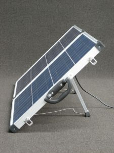 120W Folding Solar Panel with Anderson Plug and Battery Clamp pictures & photos