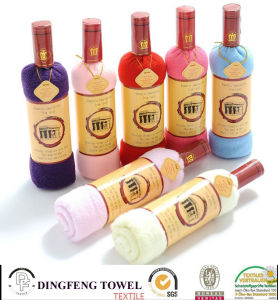 Hot Sales Holiday Gift Home Decoration PP Bags Phil Single Bottle of Red Wine Cake Towel Df-1876 pictures & photos
