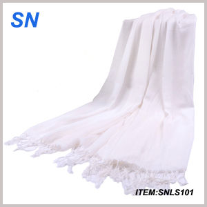 Lowest Price Printed Model White 100% Polyester Scarf pictures & photos