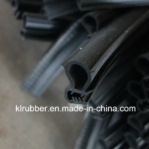 Abrasion Resistant Metal Insert Rubber Strip for Sale pictures & photos