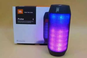 Factory Wholesale Waterproof Jbl Pulse Splashproof Portable Bluetooth Speaker with Colrs LED Light pictures & photos