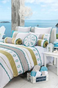 Summer Beach Embroidery Patchwork Bedding Sets pictures & photos