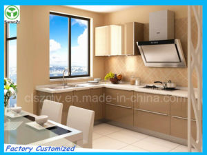 High Gloosy UV Faced Door Kitchen Cabinet Design pictures & photos