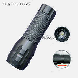 1 Watt LED Flashlight (T4126) pictures & photos