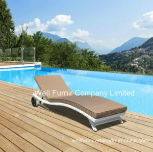 Outdoor Furniture, Rattan Sun Lounger, Wicker Patio Chaise Chair pictures & photos