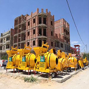 Mobile Cement Diesel Hydraulic Concrete Mixer pictures & photos