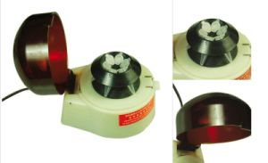 Mini Centrifuge for Laboratory with 6*1.5ml&6*0.5ml pictures & photos