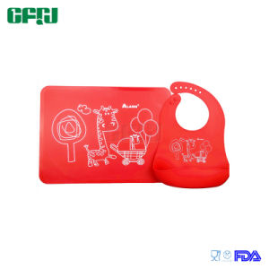 LFGB Approval Feeding Set Food Grade Silicone Tablemat Placemat and Bib pictures & photos