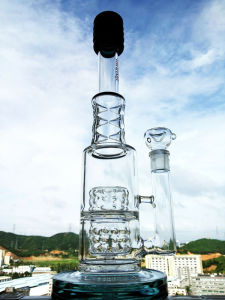 New Design 17 Inch Height Tire Perc Borosilicate Glass Water Pipe pictures & photos