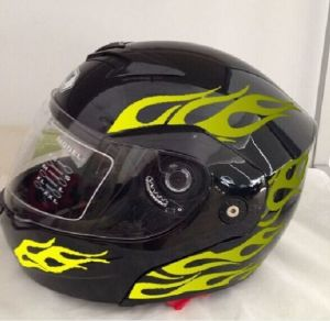 High Quality Professional DOT Flip up Motorcycle Helmet pictures & photos