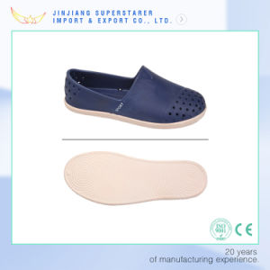 Blue Color Casual Style EVA Shoes Men Casual pictures & photos
