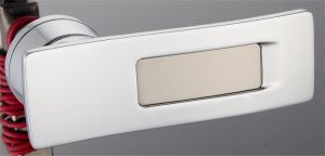 Hot Zinc Alloy Door Lock Handle (DZ-05110CPS) pictures & photos