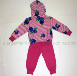 Fashion Autumn Girl Sport Suit in Kids Clothes pictures & photos
