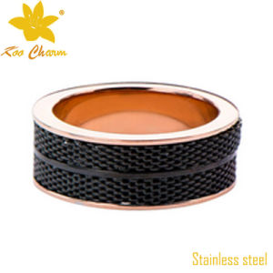 Str-008 Elegant Stylish Smooth Green Gold Ring pictures & photos
