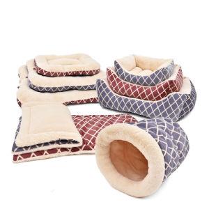 Grid Velvet Pet Cushion Dog Coral Fleece Design Beds pictures & photos