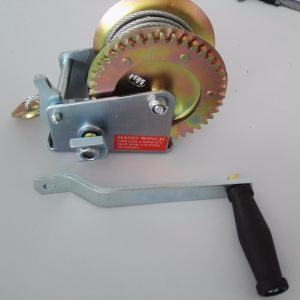Hand Winch for Field Self-Saving (2500lb) pictures & photos