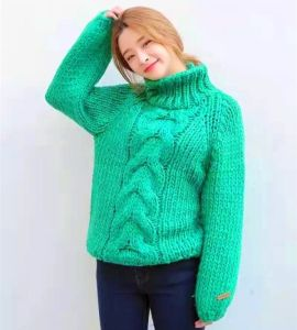 Custom New Design Ladies Girl Student Hand Knit Sweater Cardigan pictures & photos