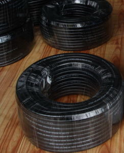 Smooth Surface Fuel and Oil Resistant Hose for Pump/Tank and Industry pictures & photos