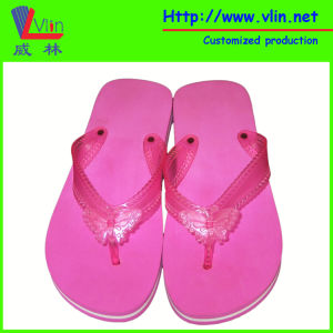 Fashion Women′s Slipper with Butterfly on Thong pictures & photos