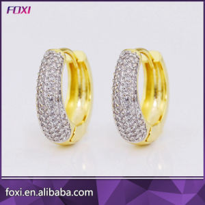 Hot Sale Stylish Platinum Plated Daily Wear Zircon Huggie Earrings pictures & photos