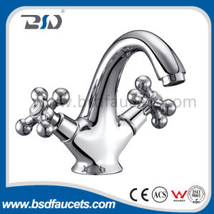 Bronze Finish Brass Double Levers Kitchen Sink Mixer Faucet pictures & photos