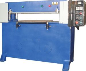 NF-PCM02 Four-Column Hydraulic Plane Plastic Cutting Machine pictures & photos