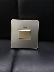 British Standard Stainless 45 Dp Wall Switch pictures & photos