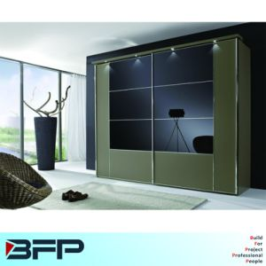 Modern Style Wardrobe for Sale pictures & photos