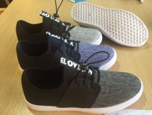 Lace-up Men in China Factory Sport Canvas Shoes pictures & photos