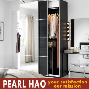 Mirror Lacquering Door Bedroom Wardrobe pictures & photos