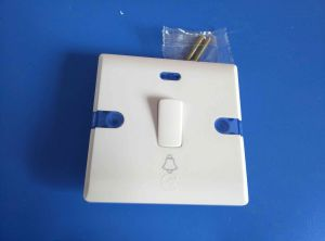UK Style High Quality Baklite Copper Wall Switch (W-107) pictures & photos